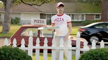 TruGreen TV Spot, 'The Yardleys: Pizza'