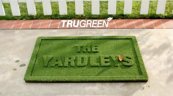TruGreen TV Spot, 'The Yardleys: Pizza' - Thumbnail 1
