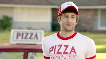 TruGreen TV Spot, 'The Yardleys: Pizza' - Thumbnail 3