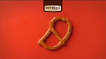 Snyder's of Hanover Pretzels TV Spot, 'Snyder's of Hanover Anthem' - Thumbnail 5