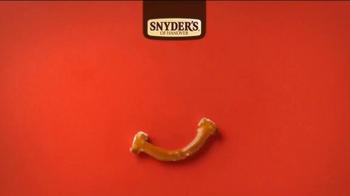 Snyder's of Hanover Pretzels TV Spot, 'Snyder's of Hanover Anthem' - Thumbnail 6