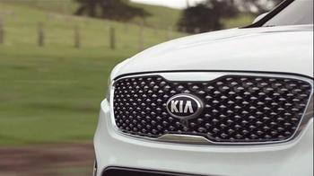 2016 Kia Sorento TV Spot, 'Has It All' - Thumbnail 6