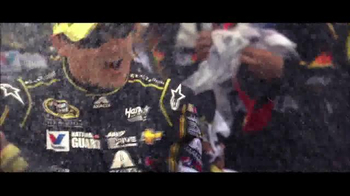 Chevrolet TV Spot, 'NASCAR Dominance: Most-Awarded Car Company of 2014' - Thumbnail 4