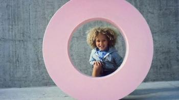 H&M TV Spot, 'Stylish Kids' - Thumbnail 3