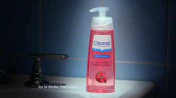Clearasil Daily Clear Refreshing Superfruit Wash TV Spot, 'Results' - Thumbnail 7