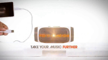 JBL Charge TV Spot, 'Phone Charger' Song by Charli XCX - Thumbnail 10