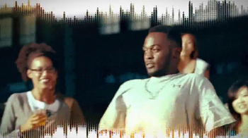 JBL Charge TV Spot, 'Phone Charger' Song by Charli XCX - Thumbnail 4