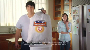 Hefty Ultimate TV Spot, 'Waste MANagement' - Thumbnail 9