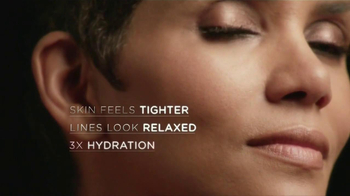 Revlon Age Defying Makeup TV Spot Featuring Halle Berry - Thumbnail 7