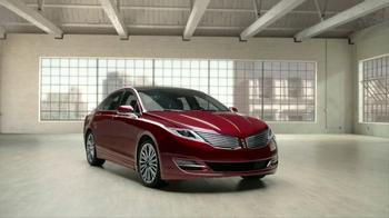 2014 Lincoln MKZ TV Spot, 'Blushing' - Thumbnail 7