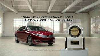 2014 Lincoln MKZ TV Spot, 'Blushing' - Thumbnail 9