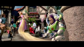 Disney Parks & Resorts TV Spot, 'Buzz Lightyear'
