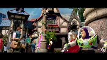Disney Parks & Resorts TV Spot, 'Buzz Lightyear' - Thumbnail 6