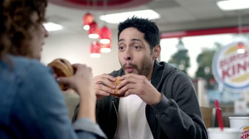 Burger King Rodeo Burger TV Spot [Spanish] - Thumbnail 5