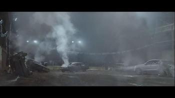 2014 Mercedes-Benz M-Class TV Spot, 'Demolition Derby' - Thumbnail 9