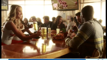 Hooters TV Spot, 'Playbook on Wings' - Thumbnail 10