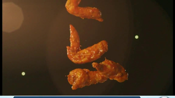 Hooters TV Spot, 'Playbook on Wings' - Thumbnail 7