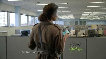 Olay Fresh Effects TV Spot, 'Late Night' - Thumbnail 9