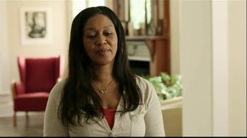 Gold Bond Eczema Relief TV Spot, 'Scratching' - Thumbnail 2