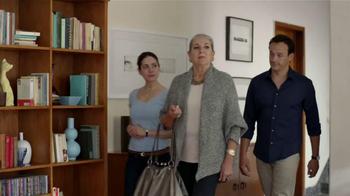Febreze TV Spot, 'Suegra' [Spanish] - Thumbnail 8