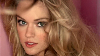 Victoria's Secret Semi-Annual Sale TV Spot, 'On Now' - Thumbnail 9
