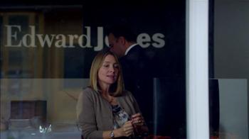Edward Jones TV Spot, 'Call Center' - Thumbnail 8