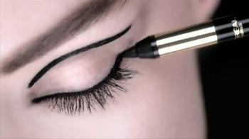 L'Oreal Paris Infallible Silkissime Eyeliner TV Spot Feat. Doutzen Kroes - Thumbnail 1