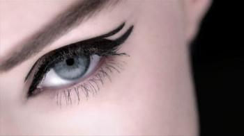 L'Oreal Paris Infallible Silkissime Eyeliner TV Spot Feat. Doutzen Kroes - Thumbnail 2