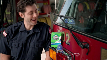 Scrubbing Bubbles Toilet Cleaning Gel TV Spot, 'Automatic Toilet Cleaner' - Thumbnail 5