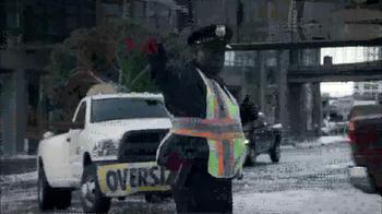 Ram Big Finish Events TV Spot, 'Towing Christmas Tree' - Thumbnail 4