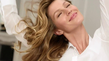 Pantene Repair & Protect TV Spot Featuring Gisele Bunchen, Song by Madison - Thumbnail 3