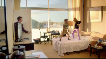 Embassy Suites Hotels TV Spot, 'The Divider' - Thumbnail 2