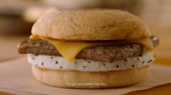Dunkin' Donuts Sliced Turkey Breakfast Sandwich TV Spot, '400 Calories' - Thumbnail 8
