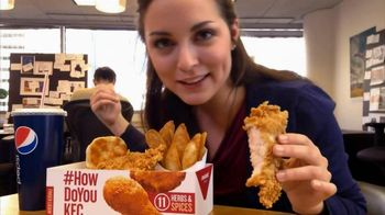 KFC Extra Crispy Boneless Combo Meal TV Spot, 'Office' - 258 commercial airings