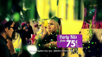 Party City TV Spot, 'New Year's Party' - Thumbnail 7