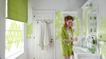Kleenex TV Spot, 'Style' Song by Estelle Ft. Janelle Monae - Thumbnail 4