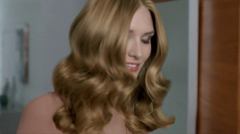 Clairol Nice 'N Easy Colorseal Conditioner TV Spot - Thumbnail 6