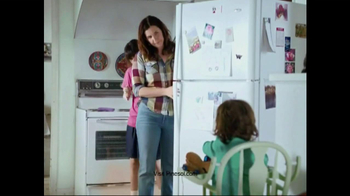 Pine Sol TV Spot, 'Behind the Fridge' - Thumbnail 6