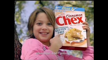 Chex Cereal TV Spot, 'The Pearsons' - Thumbnail 4