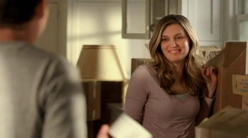 Folgers TV Spot, 'Moving In' - Thumbnail 7
