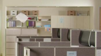 Lucky Charms TV Spot, 'Office' - Thumbnail 5