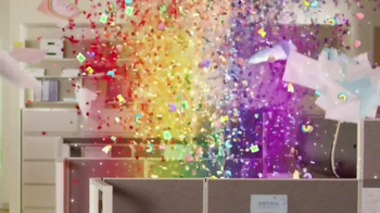 Lucky Charms TV Spot, 'Office' - Thumbnail 6