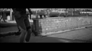 Red Bull TV Spot, 'Basketball' Featuring Blake Griffin - Thumbnail 5
