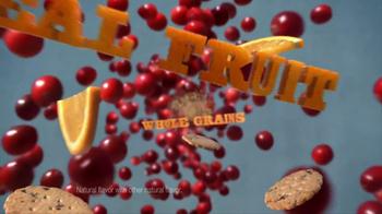 Newtons Fruit Thins TV Spot, 'Crossing the Road' - Thumbnail 8