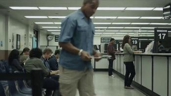 Geico App TV Spot, 'DMV' - Thumbnail 1
