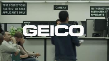 Geico App TV Spot, 'DMV' - Thumbnail 6