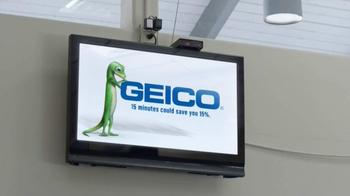 Geico App TV Spot, 'DMV' - Thumbnail 7