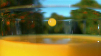 Simply Orange TV Spot, 'Barrel of a Carafe' - Thumbnail 9