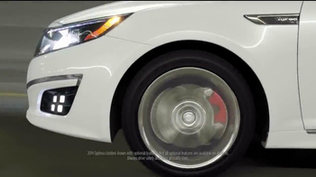 2014 Kia Optima TV Spot, 'A Clean Sweep' - Thumbnail 2