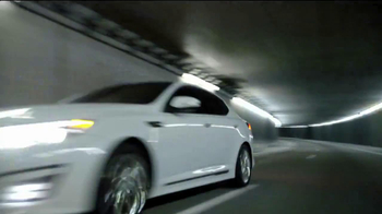 2014 Kia Optima TV Spot, 'A Clean Sweep' - Thumbnail 3
